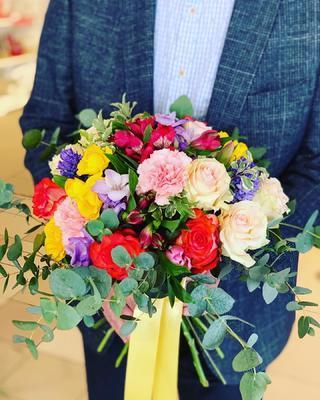 Kytička žlto-červeno-fialovo-ružová, malá 7 kvetov