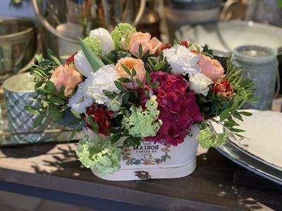 Kvetinový box rôzne farebné kvety, stredný