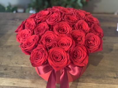 Kvetinový box z ruží, 30 ks