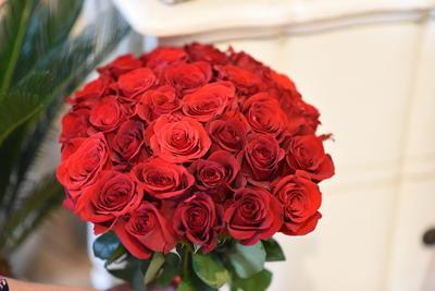 Kytička z ruží, 50 ks