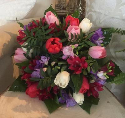 Kytička ružovo-fialovo-biela, stredná