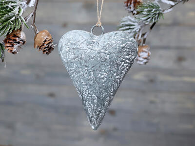 Srdce - závesná dekorácia 10cm x7,5cm x 1,5cm - 1